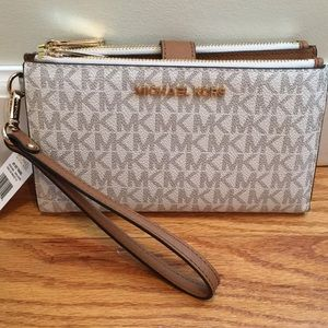 NWT MICHAEL Michael Kors Jet Set Travel Wristlet